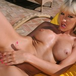 Blonde In Heat - 8