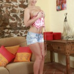 Nataly Cherie – Watch Me Playing - 1