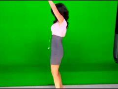 """Araksya Karapetyan Dancing In Front Of A Green Screen On """"Good Day LA"""""""