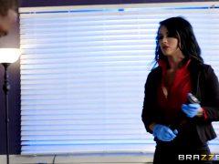 Crooked Cops Plant Evidence – Katrina Jade