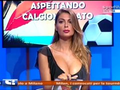 Jolanda De Rienzo Italian TV Bomshell Cleavage Super!