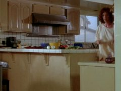 Julianne Moore Ginger Plot In Short Cuts