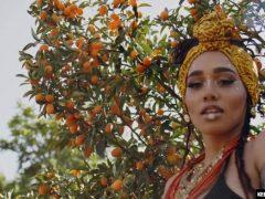 Julie Kay – Nubian Goddess – Kelly Madison