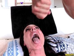 Kendra Lust – Monstercurves