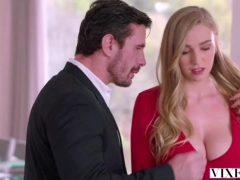 Kendra Sunderland – Sex With My Boss