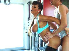 Lisa Ann Horny Workout
