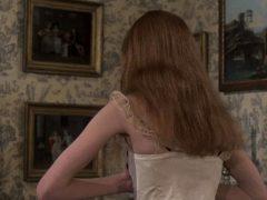 Madeline Smith & Ingrid Pitt – The Vampire Lovers