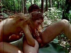 Nice fuck n blow on forest (Follando y mamando en el bosque)
