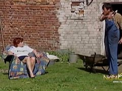 Oma Gerda wurde von Ihrem Nachbarn gefickt