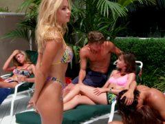 Pamela Anderson – Baywatch