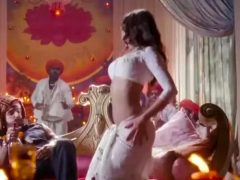 Priyanka Chopra With Some Nice Belly Dance Moves