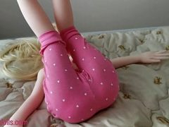 sex with a girl in pink shorts