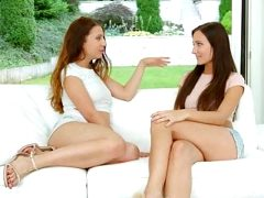Teressa Bizarre and Sophie Rose in Orgasmic brunettes