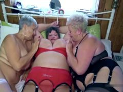 Tree Old Mature Lesbians