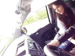 VIP SEX VAULT – Hot Babe Receives A Crazy Ride From Driver