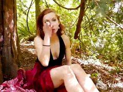 Yanks Anja's Naughty Outdoor Orgasm