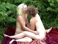 Yanks Lesbians Mira And Ruby Plays