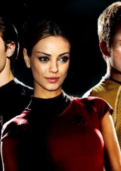 4 hot celebrities who love 'Star Trek' more than you