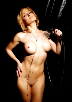 Angela Sommers – Golden
