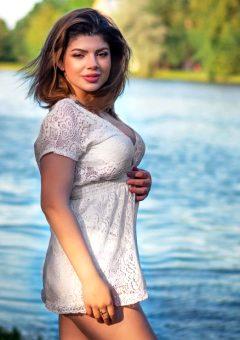 Anna Simonyan
