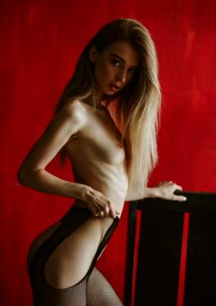Anna Tsaralunga 11 @tsara.lunga