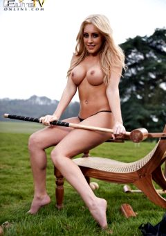 Ashley Emma – Cricket