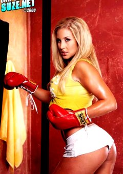 Babe Of The Day Nikki Jayne This Chick Is Bad