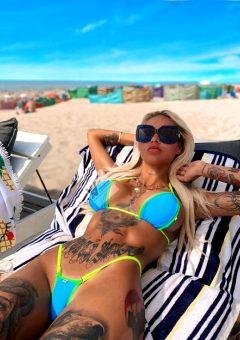 BikinisGirl