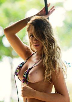 Carol Narizinho Is Sexy In Several Ways