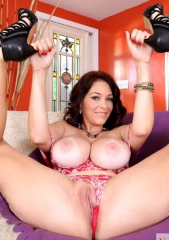 Charlee Chase – Busty Milf Stripping