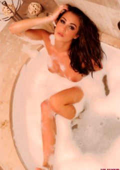 Chloe Goodman – Wet And Soapy In The Bath