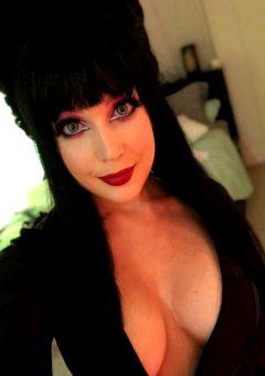Elvira Cosplay By Nicole Marie Jean