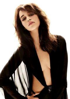 Emilia Clarke – Sexy Mode