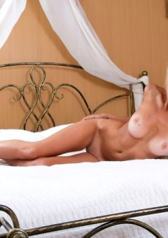 Erotic Model Femjoy Bed