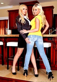 Friday I'm In Love – Britney Amber Nikki Benz – Real Wife Stories
