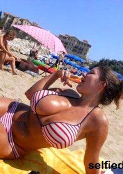 Hot Selfie Women