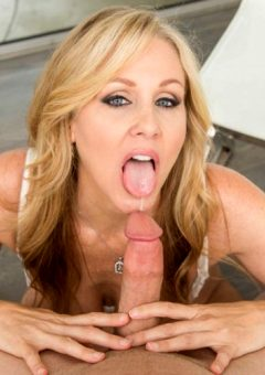 Julia Ann – Stepmom Sex Ed