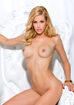 Kennedy Summers – Wonderland