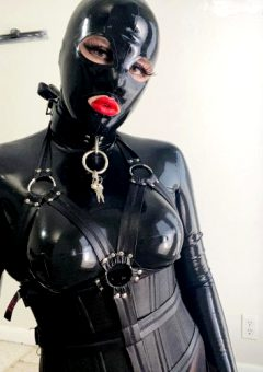 Loving The Body Harness With The Latex 😍