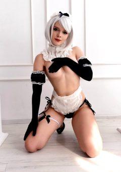 Maid 2B – NieR – By Evenink_cosplay