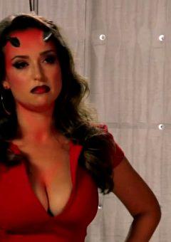 Milana Vayntrub- Fiery