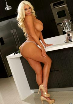 Nicolette Shea – Blonde