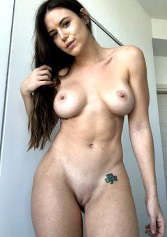 Queen Rae Lynch U/queenraelynch