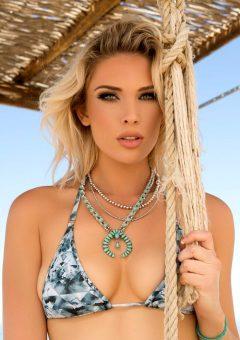Rebekah Cotton Returns And Shows Off A Tiny Blue Bikini – Set One