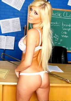 Rusty Trombone – Tasha Reign – Big Tits At School
