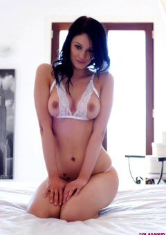 Sam Kellett – Sexy White Lingerie On My Bed