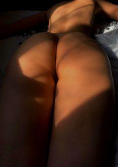Spread My Cheeks Please ?
