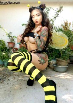 Stylerotica Stylerotica Zoe Arriaga – Honey Bee
