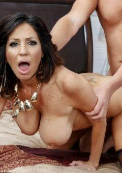 Tara Holiday – Stepmom Soothes The Groom